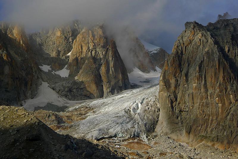 Milieu Glacier, Massif du Mont Blanc