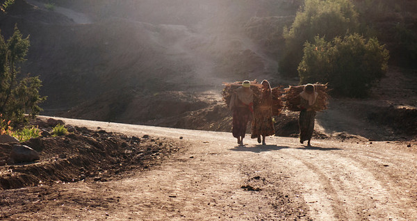 From my mule - a mountain walk in Lalibela (4)