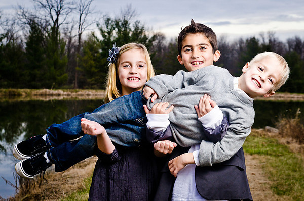 2011-12-05_family-deluca-070-1632218035-O