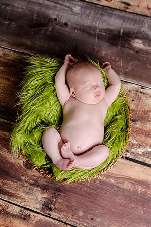 2013-05-06_newborn-samantha-041