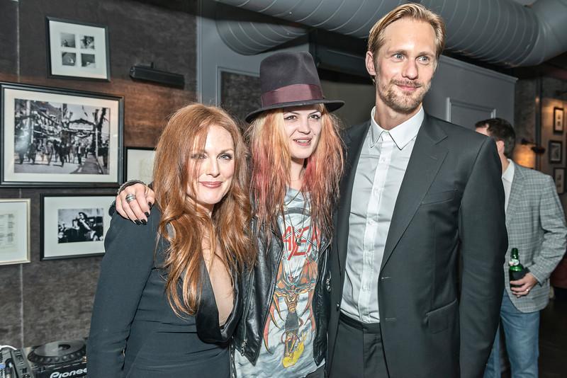 Julianne Moore, Alison Mosshart & Alexander Skarsgård