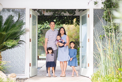 leung-family-frontsteps-0045