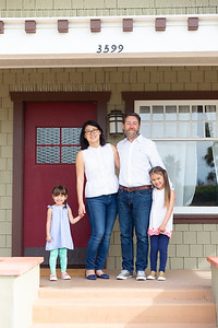 steele-family-frontsteps-0419-X4