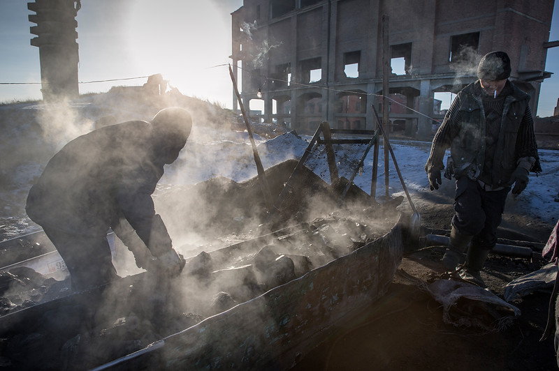 Coal mine workers in - 28 degrees Celsius.
