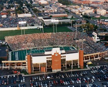 stadium-2000-10