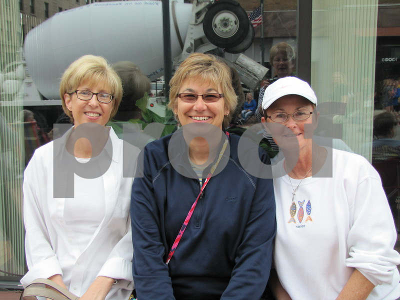 Susan Peters, Kathy Arends, and Roxanne Kuhlman enjoyed the parade on Central Ave.