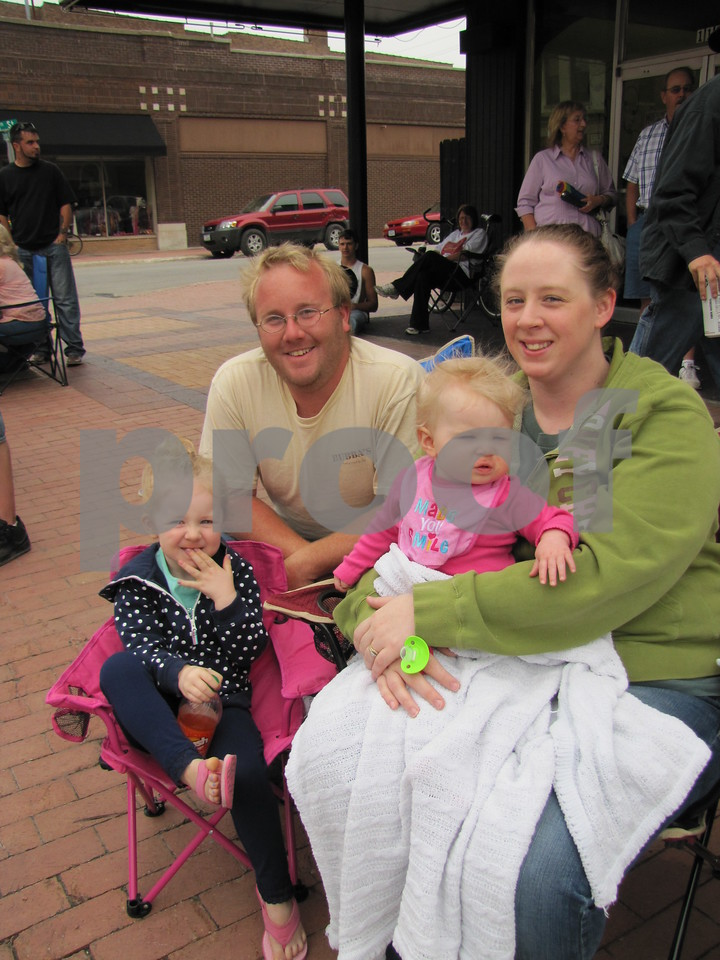 Adam and Angela Hays with their daughters Addison and Aubrey.