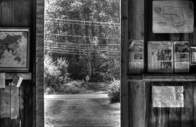 Frost's Barn door, HDR mono