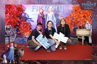 Frozen-2-Nu-Hoang-Bang-Gia-2-instant-print-photo-booth-CGV-Vincom-Thu-Duc-Chup-anh-in-hinh-lay-lien-WefieBox-Photobooth-Vientam-71