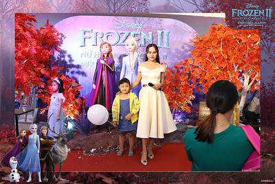 Frozen-2-Nu-Hoang-Bang-Gia-2-instant-print-photo-booth-CGV-Vincom-Thu-Duc-Chup-anh-in-hinh-lay-lien-WefieBox-Photobooth-Vientam-82