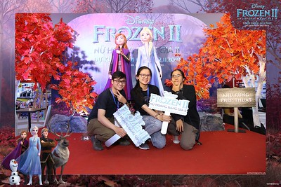 Frozen-2-Nu-Hoang-Bang-Gia-2-instant-print-photo-booth-CGV-Vincom-Thu-Duc-Chup-anh-in-hinh-lay-lien-WefieBox-Photobooth-Vientam-72