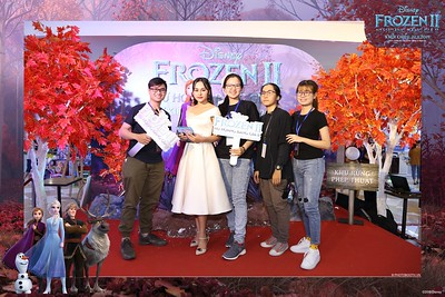 Frozen-2-Nu-Hoang-Bang-Gia-2-instant-print-photo-booth-CGV-Vincom-Thu-Duc-Chup-anh-in-hinh-lay-lien-WefieBox-Photobooth-Vientam-77