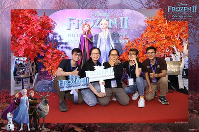 Frozen-2-Nu-Hoang-Bang-Gia-2-instant-print-photo-booth-CGV-Vincom-Thu-Duc-Chup-anh-in-hinh-lay-lien-WefieBox-Photobooth-Vientam-76