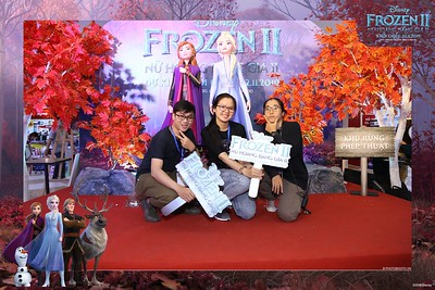 Frozen-2-Nu-Hoang-Bang-Gia-2-instant-print-photo-booth-CGV-Vincom-Thu-Duc-Chup-anh-in-hinh-lay-lien-WefieBox-Photobooth-Vientam-73