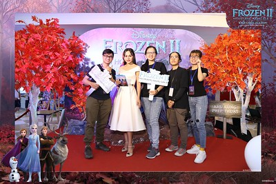 Frozen-2-Nu-Hoang-Bang-Gia-2-instant-print-photo-booth-CGV-Vincom-Thu-Duc-Chup-anh-in-hinh-lay-lien-WefieBox-Photobooth-Vientam-78