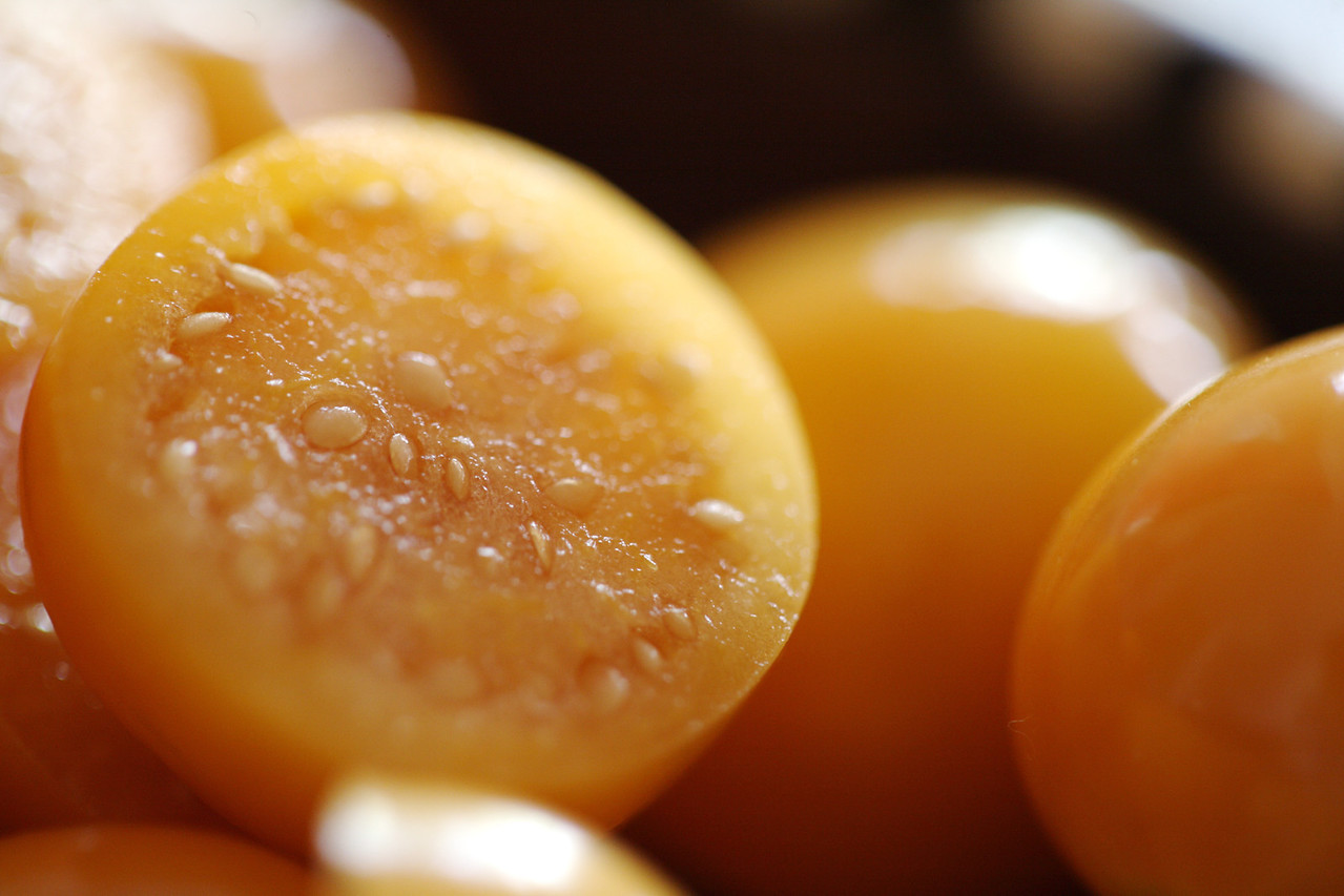 Sliced Cape gooseberries