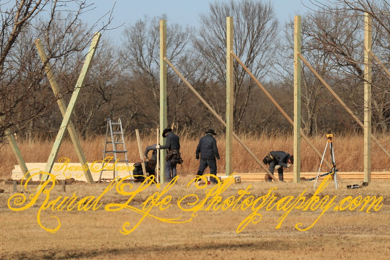 This how you build a pole building