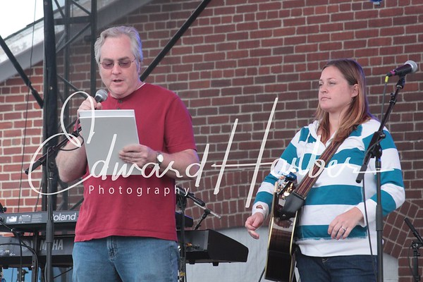 (Tupelo Honey) Merchants & Music 2011