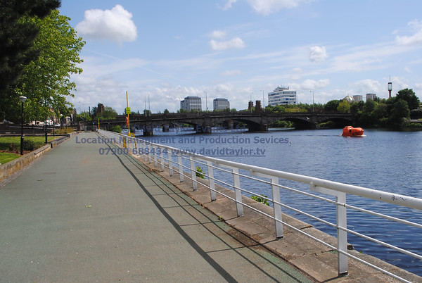 River Clyde walkway Glasgow - 01