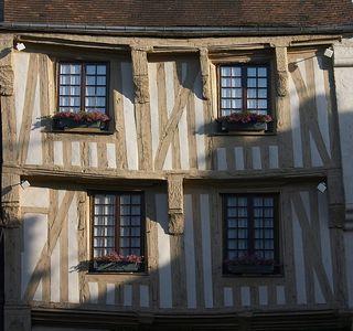 Nevers-sur-Serein detail