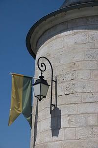 Guard tower detail (Chablis)