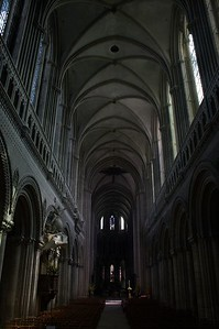 Bayeux cathedral main dark