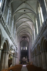 Bayeux cathedral main light