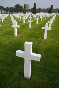 American cemetery crosses 2 - Schroepfer