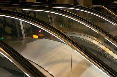 Escalator reshoot