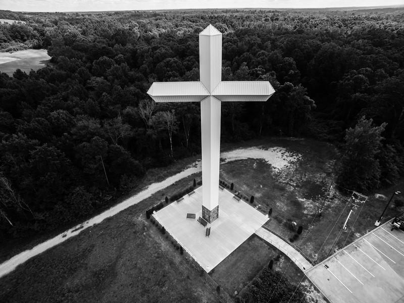 Winona Cross (BW)