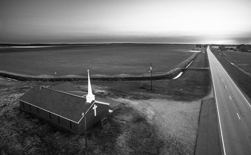 Mt. Vernon Church (BW)