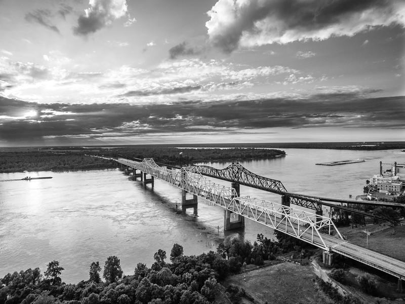 Bridges & Barges (BW)