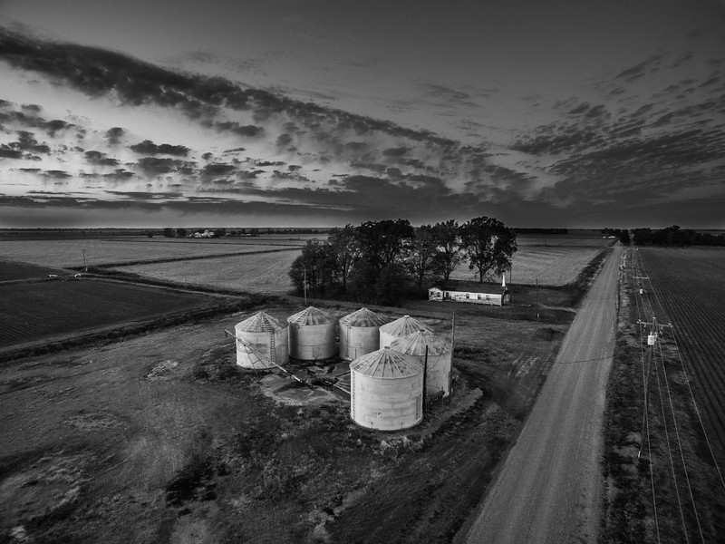 End of the Day on Oak Tree Rd. (BW)