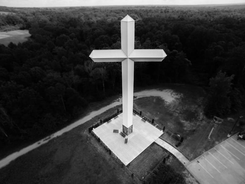 Winona Cross 2 (BW)