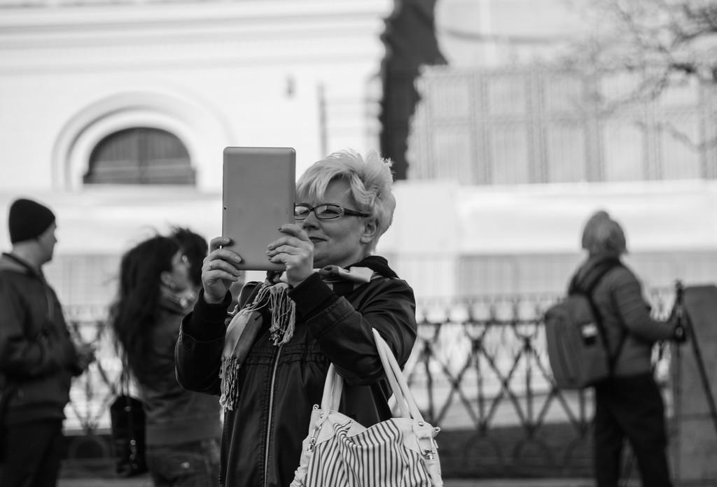 Tablet Photographers