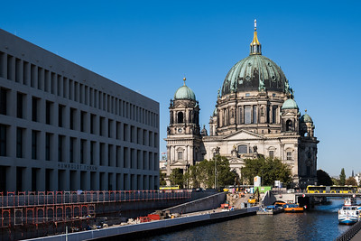 Berlin Cathedral and the newly built city castle on the left