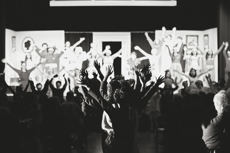 20170422_On_Stage_1125bw