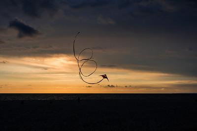 Sunset Kite fun at Venice Beach