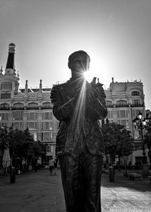 The statue of Federico García Lorca at Plaza Sta Ana