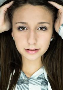 Model Alana