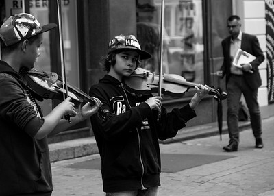 Talented young kids playing the violin