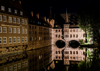 Nuremberg / Nürnberg at night - The Heilig Geist Spital