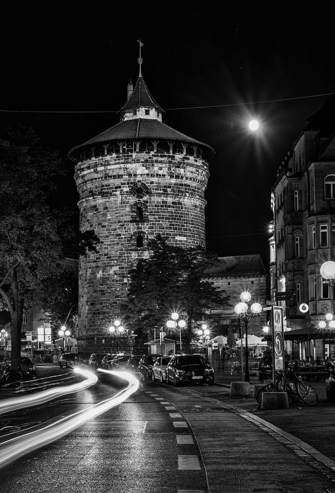 Nuremberg / Nürnberg at night - Frauentortum