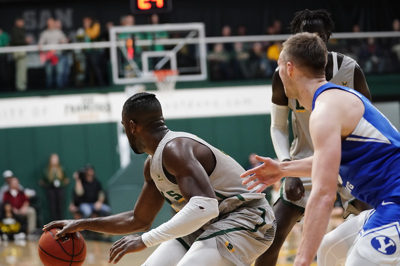 1/25/20: USF MBB vs BYU at War Memorial Gym in San Francisco, CA.  Image by Christina Leung for USF Dons Athletics