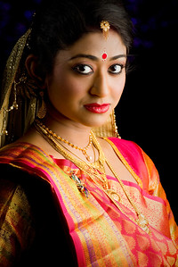 Trendy Hindu Bride Shoot By Sanjoy Shubro In Delhi