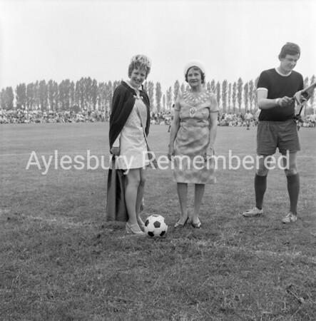 Carnival at Edinburgh Playing Field, July 1971