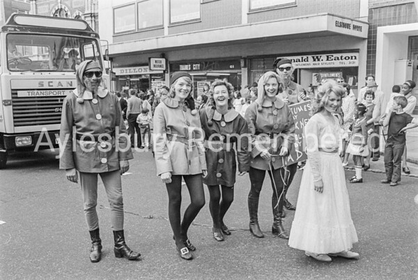 Carnival in Buckingham Street, July 1973