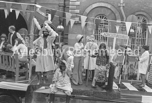 Carnival in Market Square, July 1975