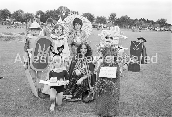 Carnival in Edinburgh Playing Field, July 1980