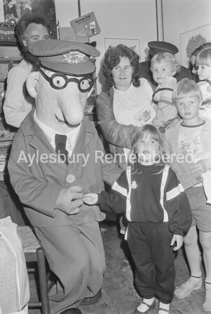 Postman Pat at Martins Newsagent, Aug 1986